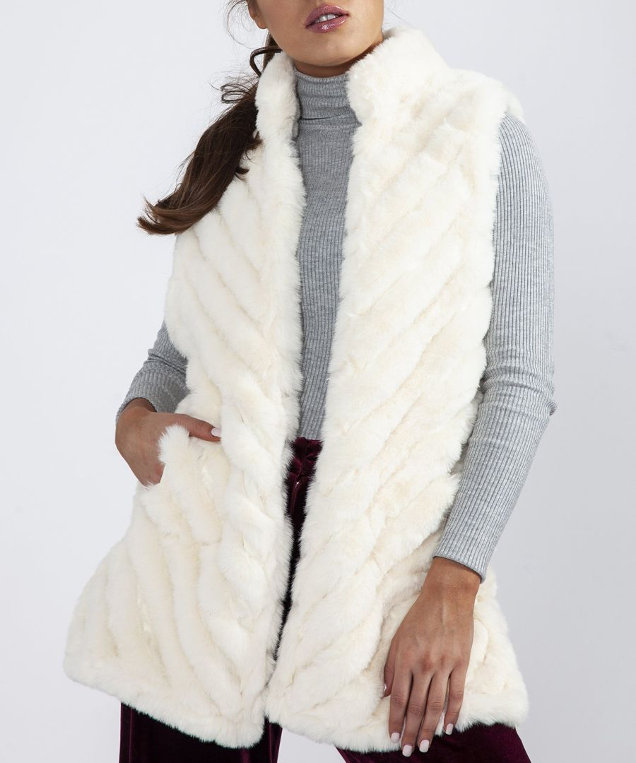 White faux fur quilted gilet
