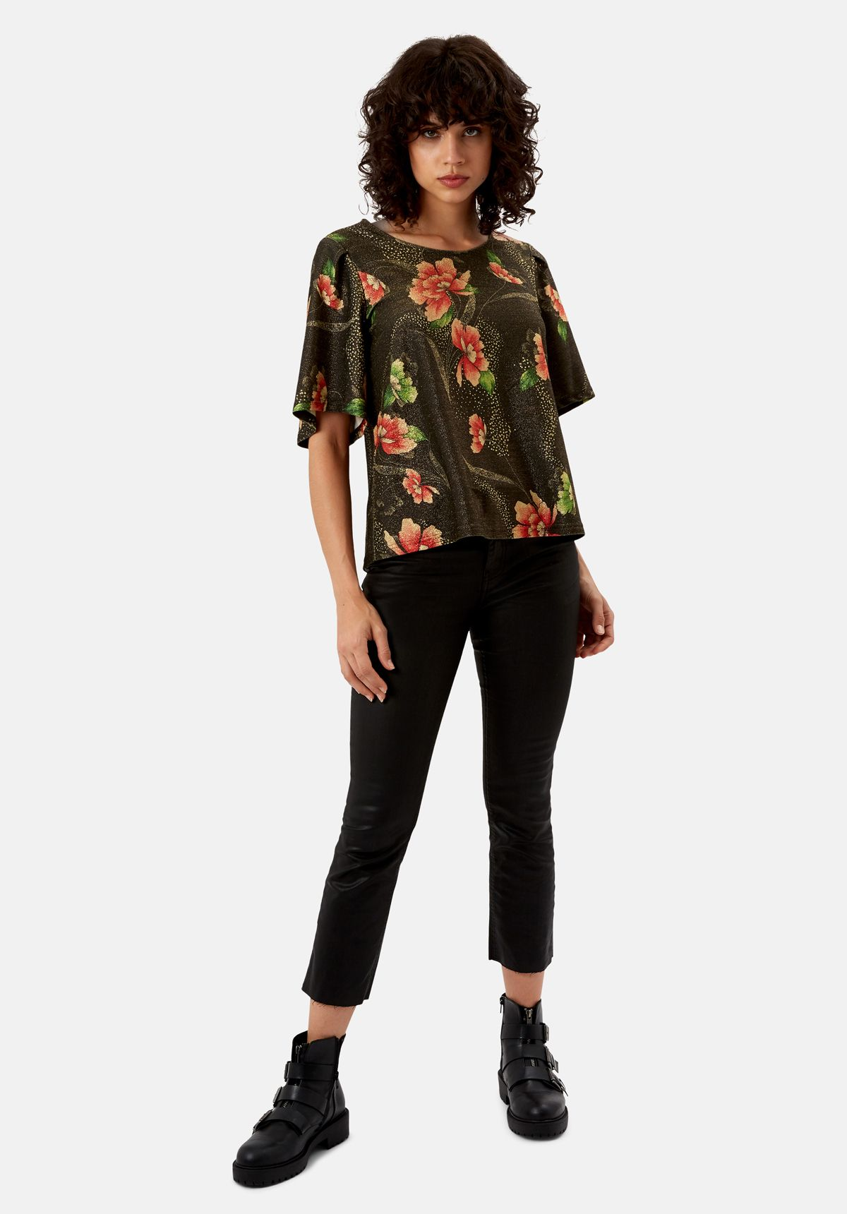 Eunice's Closet Floral Whisper Top in Brown