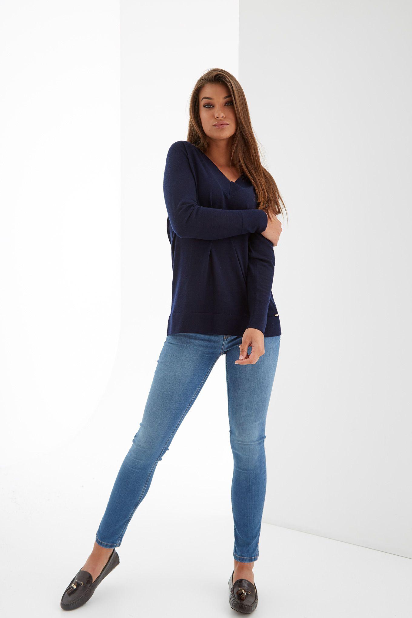Womens blue v-neck jumper