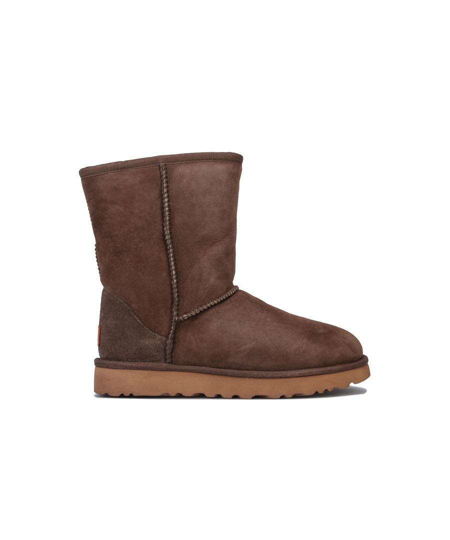 Image for Women's Ugg Australia Classic Short II Boots in Khaki