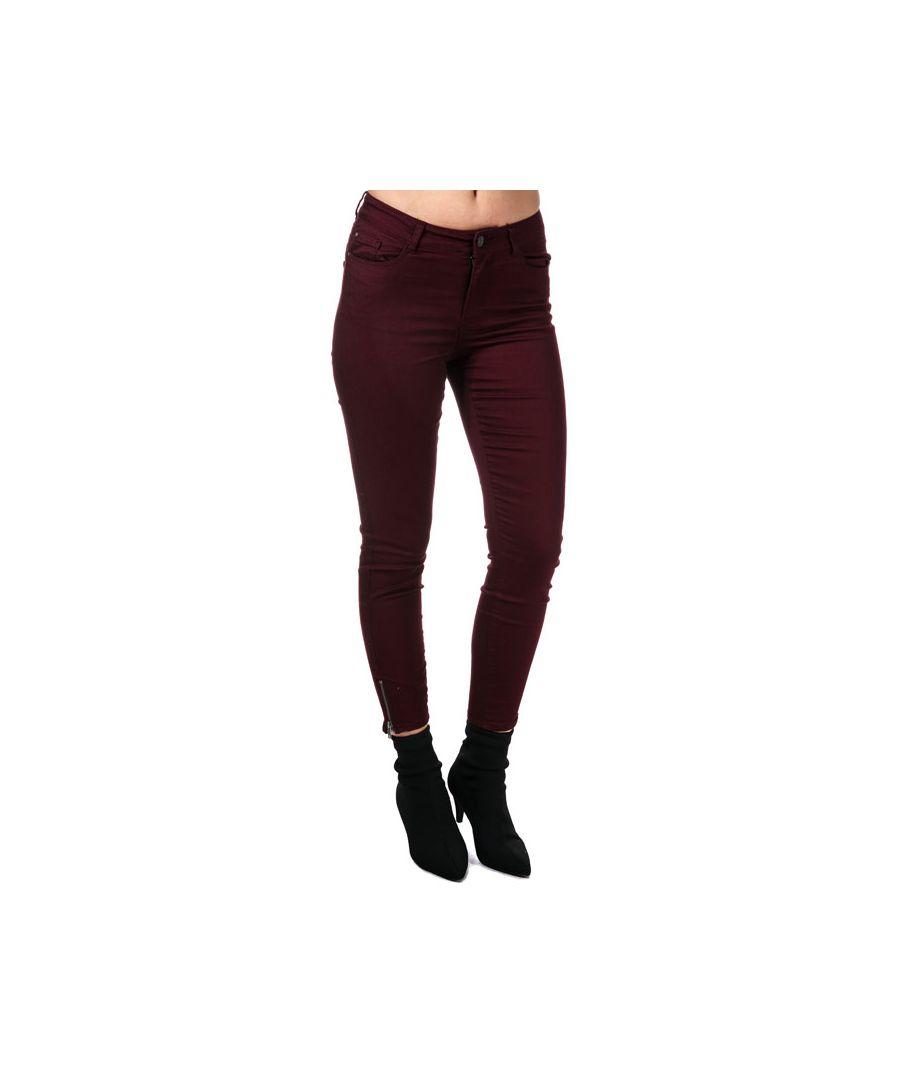 Image for Women's Vero Moda Hot Seven Ankle Zip Trousers in wine