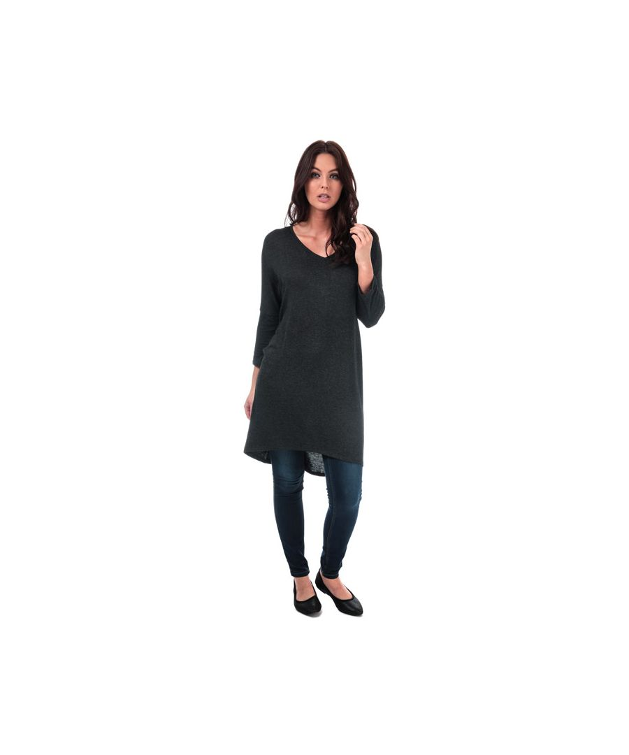 Image for Women's Vero Moda Paya V-Neck Longline Jersey Top in Black
