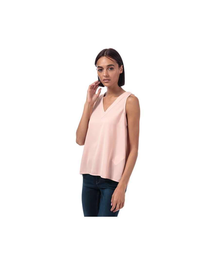 Image for Women's Vero Moda Carola V-Neck Top in Rose
