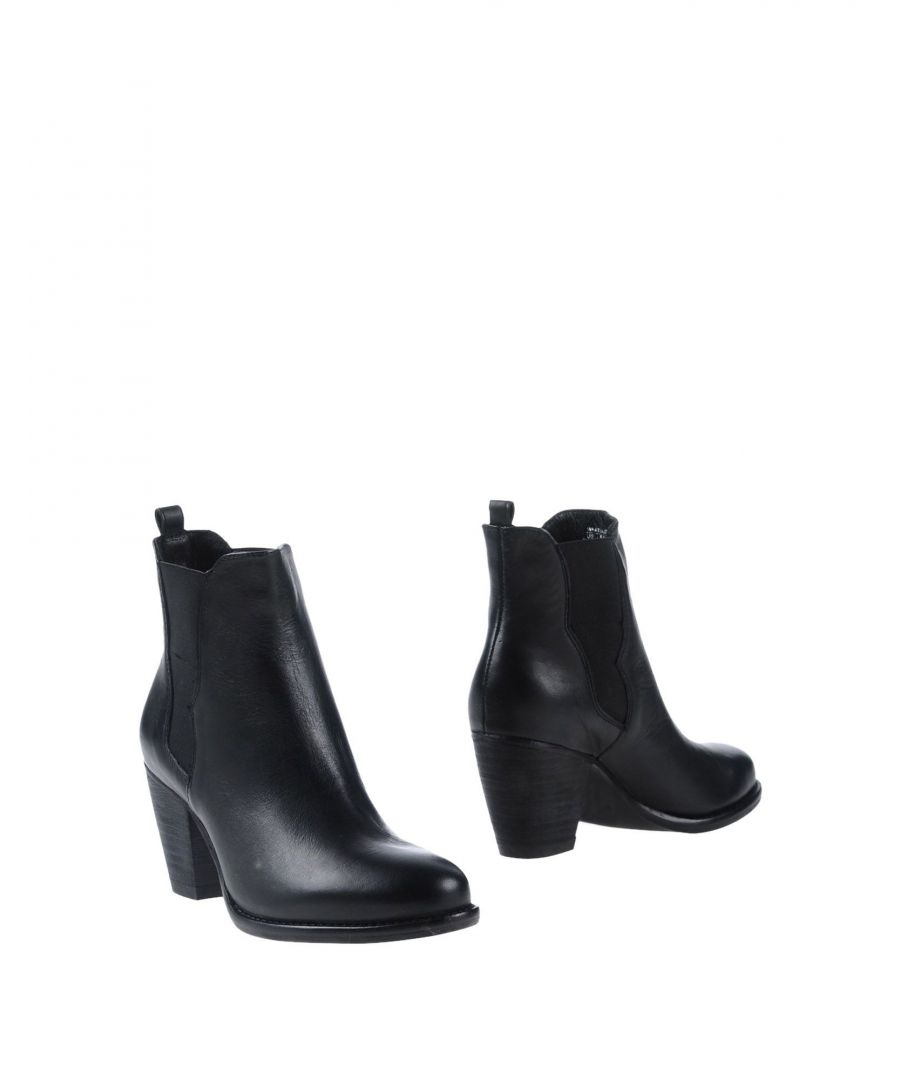 Image for FOOTWEAR Steve Madden Black Woman Leather