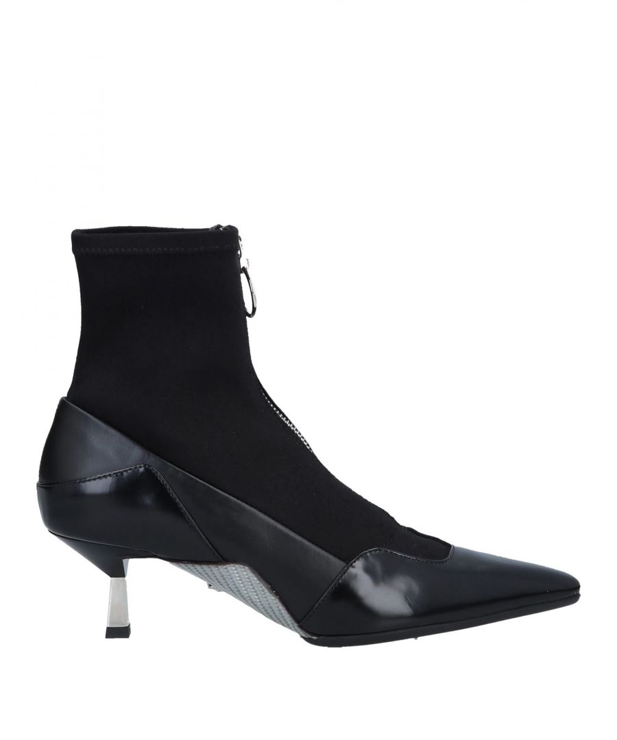 Image for Versace Women's Ankle Boots Black Calf