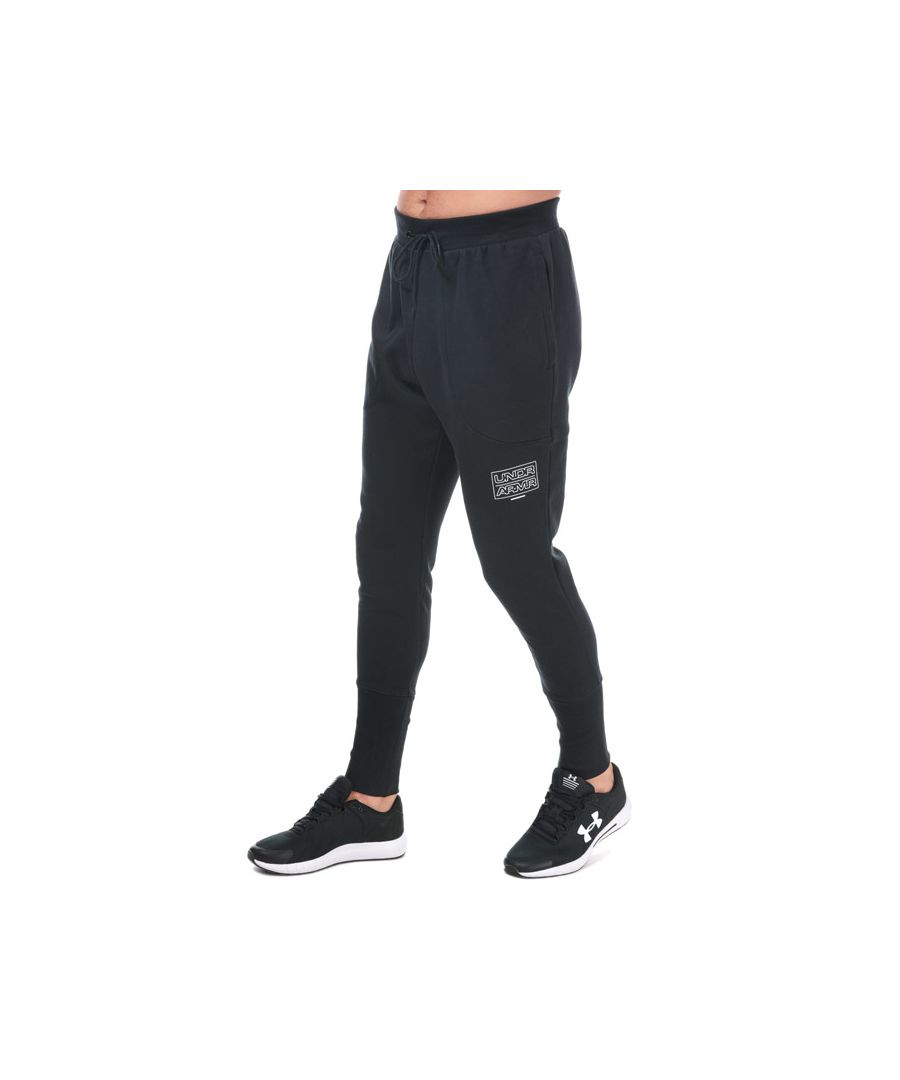 Image for Men's Under Armour Baseline Fleece Joggers in Black