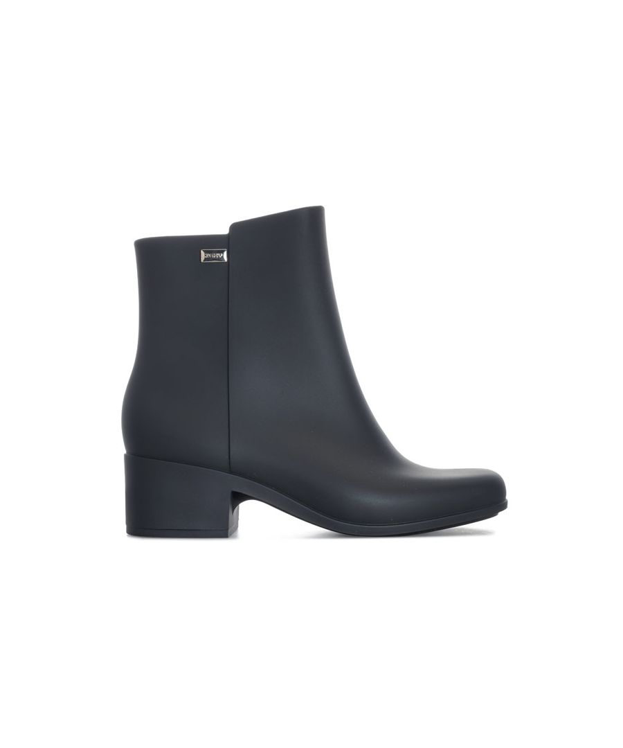 Image for Women's Zaxy Close 20 Boots in Black