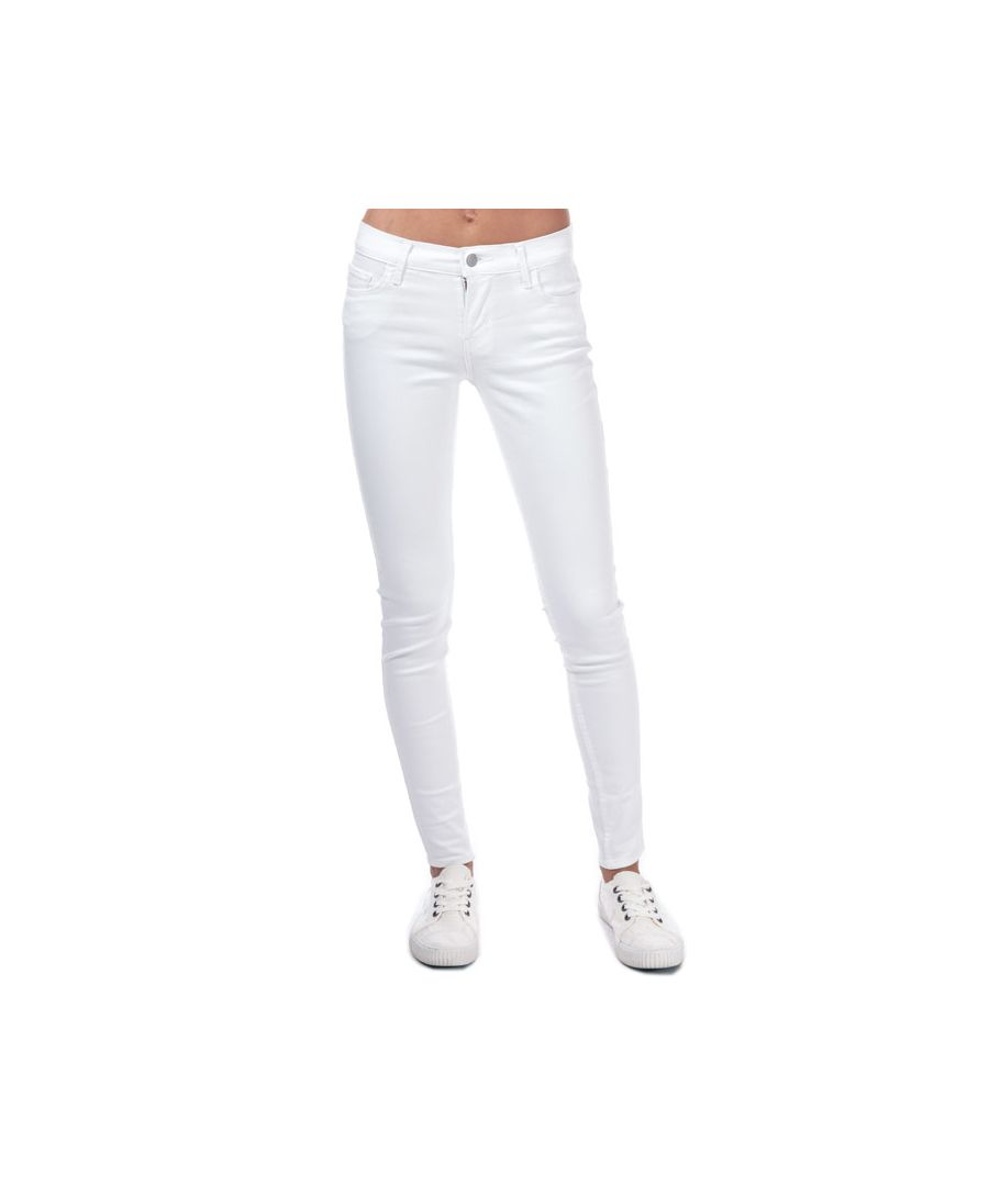 Image for Women's Levis 710 Innovation Super Skinny Jeans in White