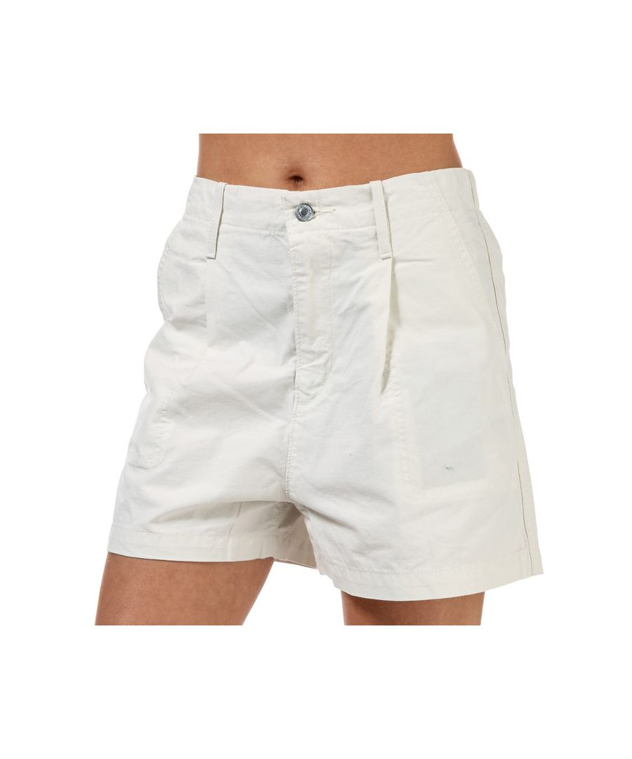 Image for Women's Levi's Pleated Utility Shorts White 26 Inchin White