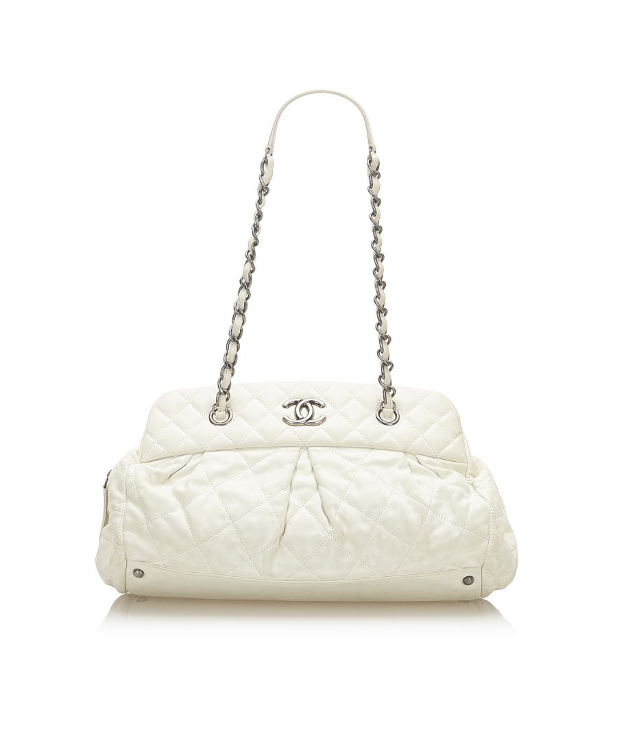 Image for Vintage Chanel CC Matelasse Lambskin Leather Shoulder Bag White