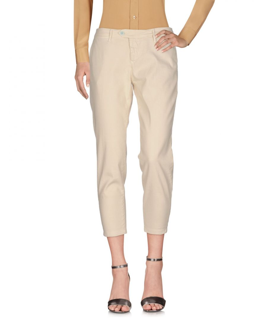 Image for Oaks Ivory Linen Cropped Trousers