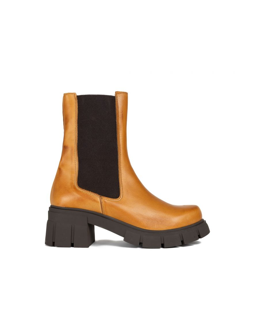 Image for CHELSEA COGNAC BOOT