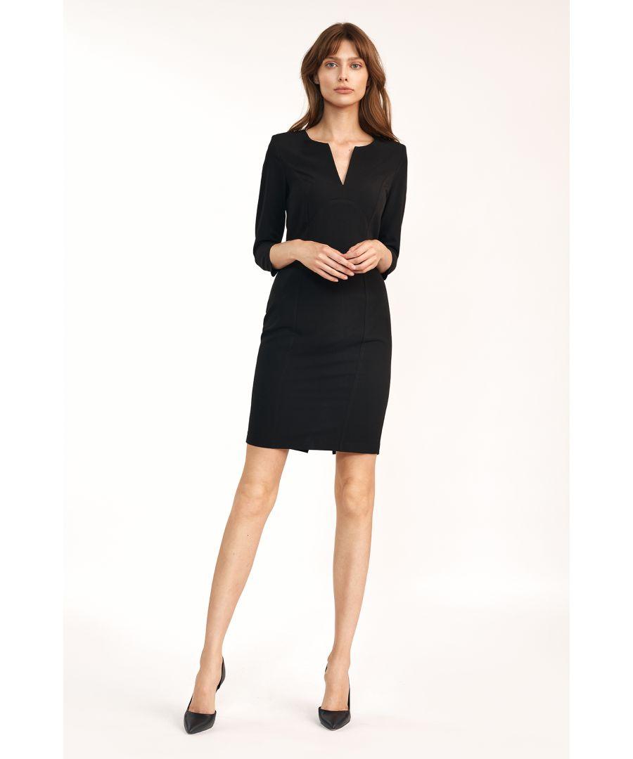 Image for Dress with V-crack under neck