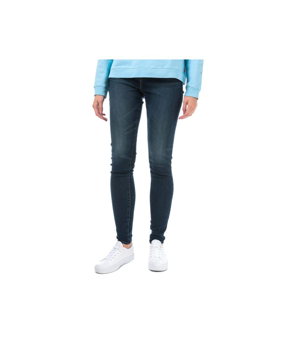 Image for Women's Levis 720 Hi Rise Super Skinny Jeans in Denim