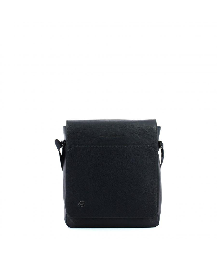 Image for Organised crossbody bag w. flap Black Square  Piquadro BLU