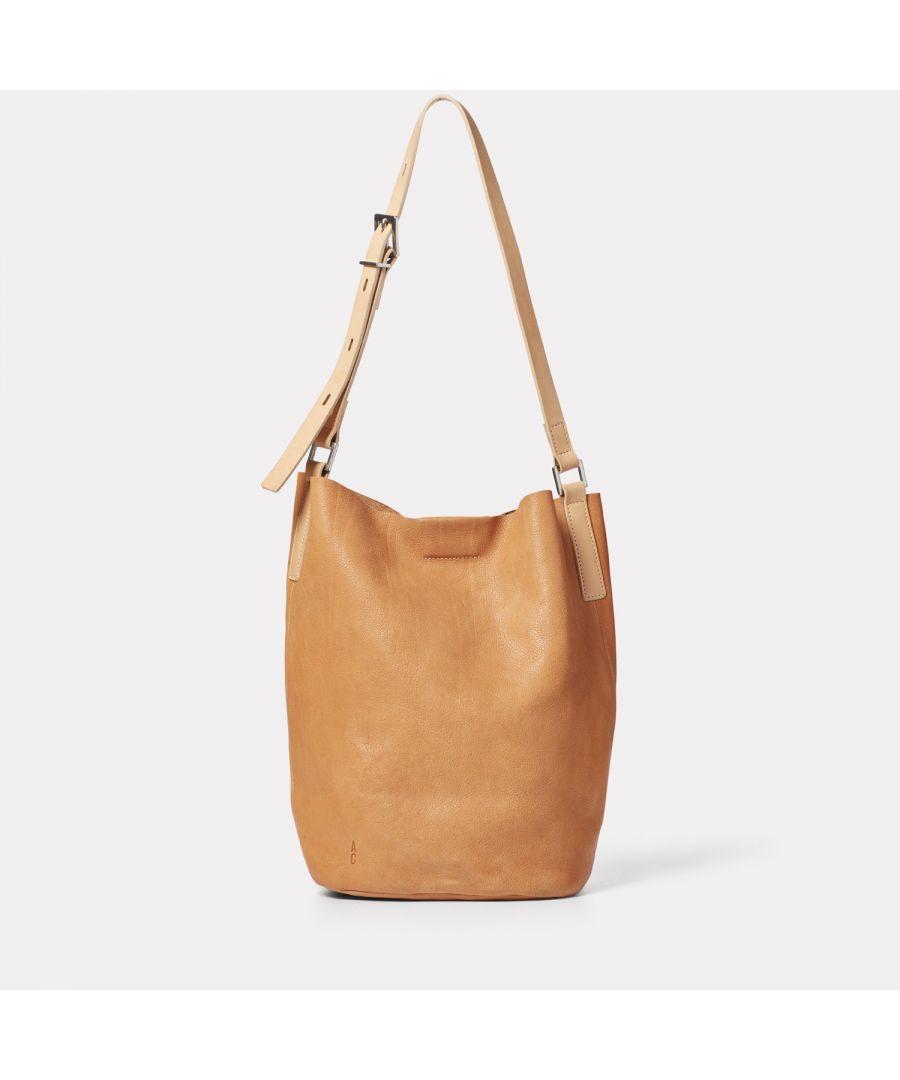 Image for Lloyd Small Calvert Leather Bucket Bag in Light Tan