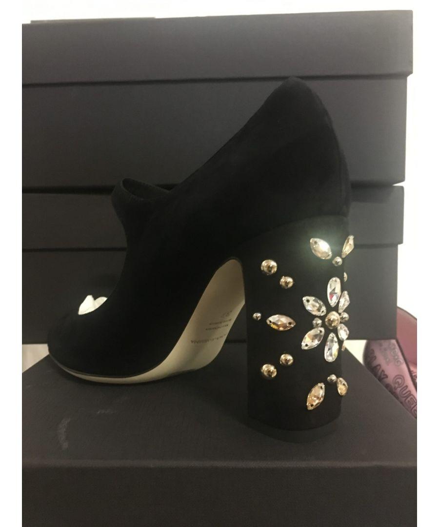 Image for Dolce & Gabbana 4 Modelle Mary Jane Schuhe (22 Stück)