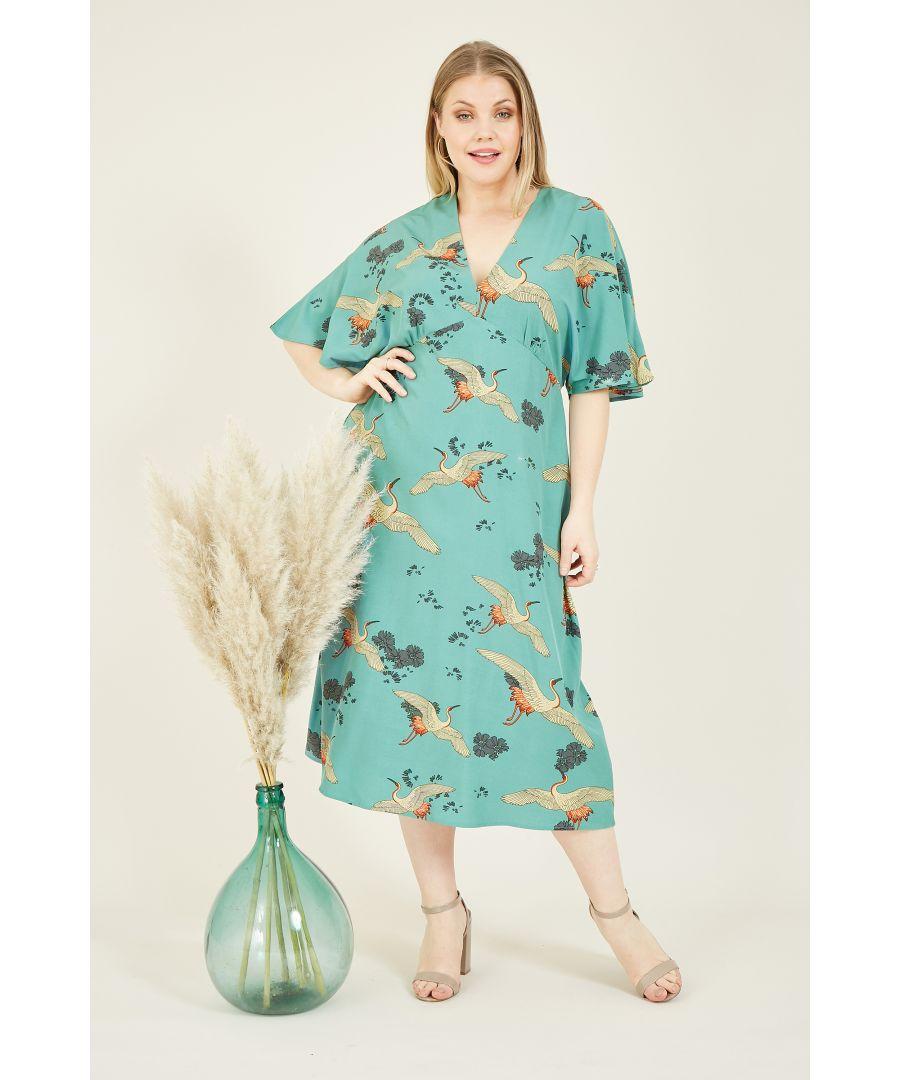 Image for Yumi Curves Green Crane Print Kimono Midi Dress