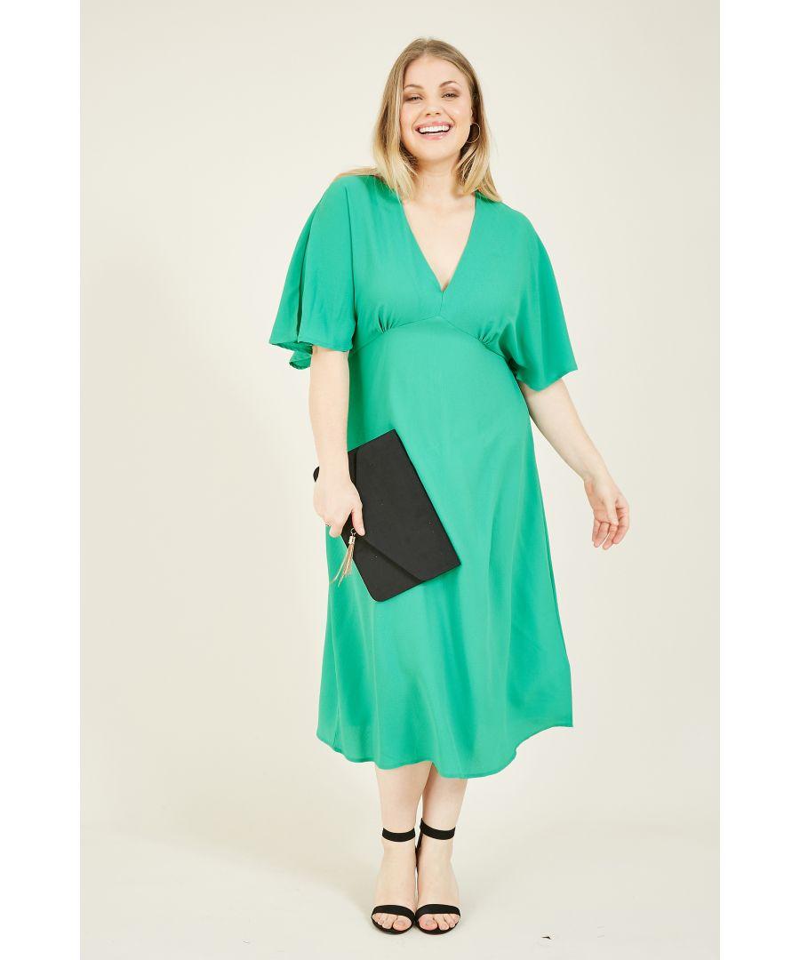 Image for Yumi Curves Green Kimono Sleeve Midi Dress