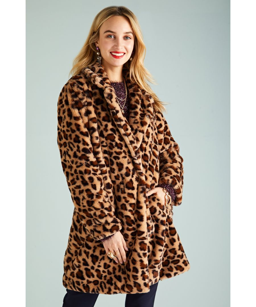 Image for Oversized Leopard Fur Coat