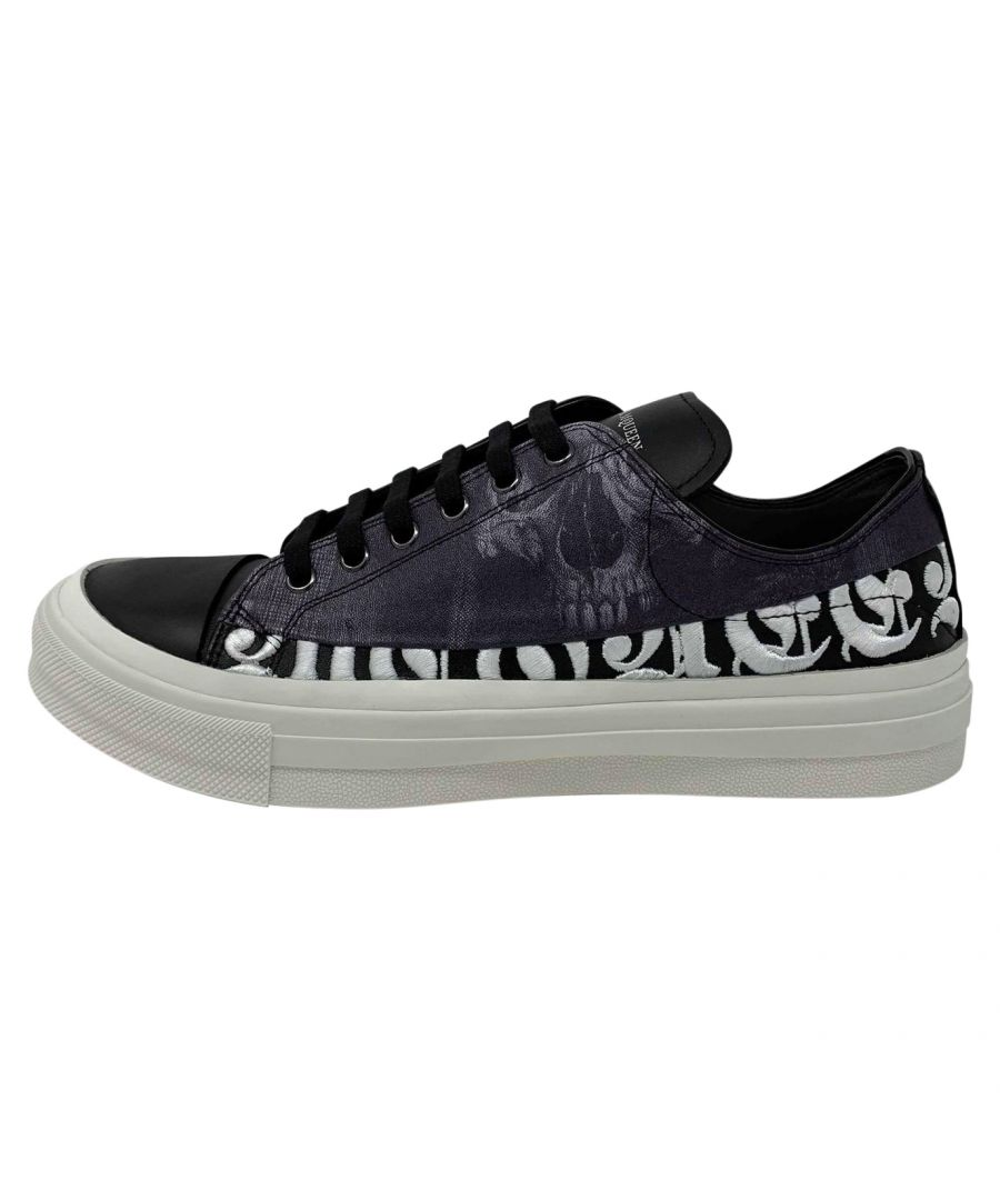 Image for Alexander McQueen 526212 WHRUK 1049 Trainers