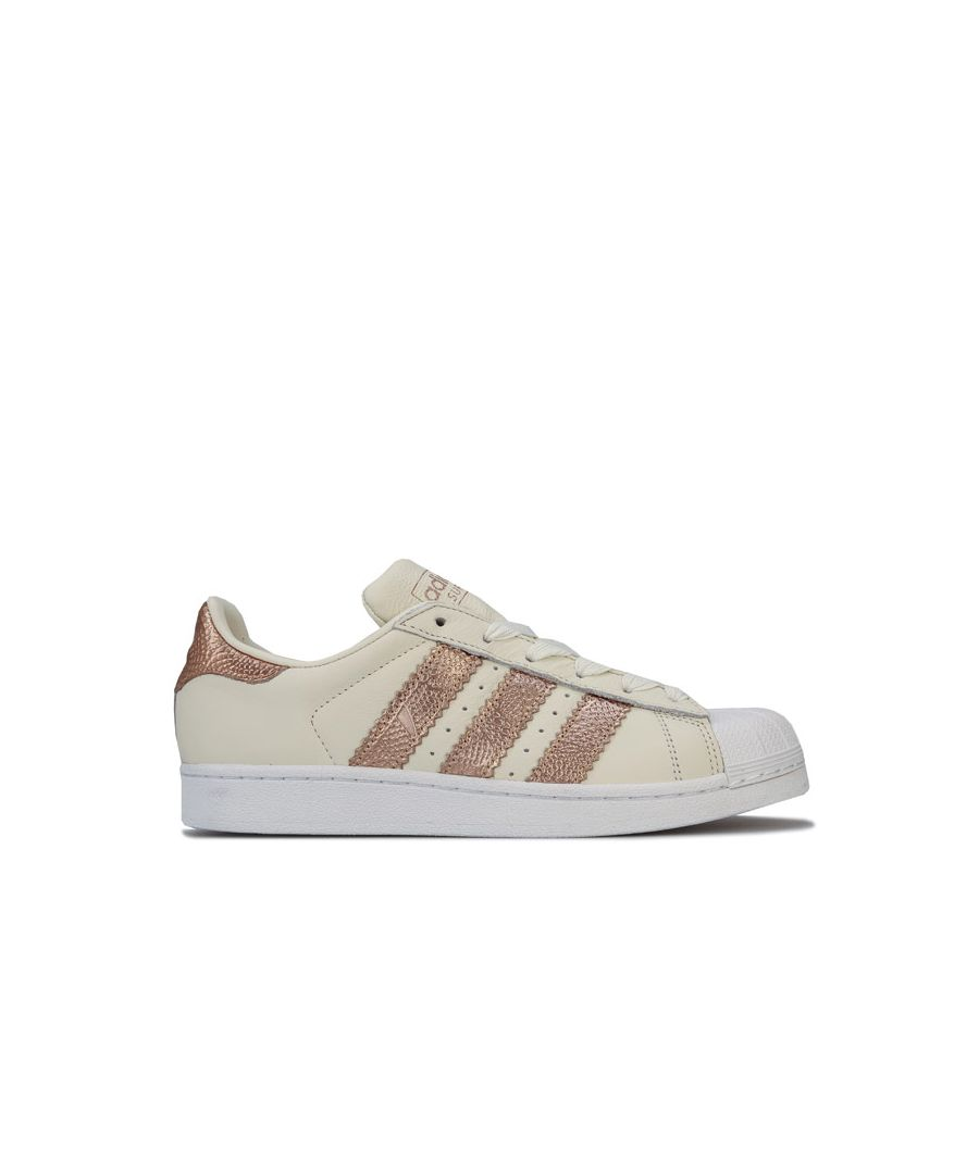 Image for Women's adidas Originals Superstar Trainers in Off White