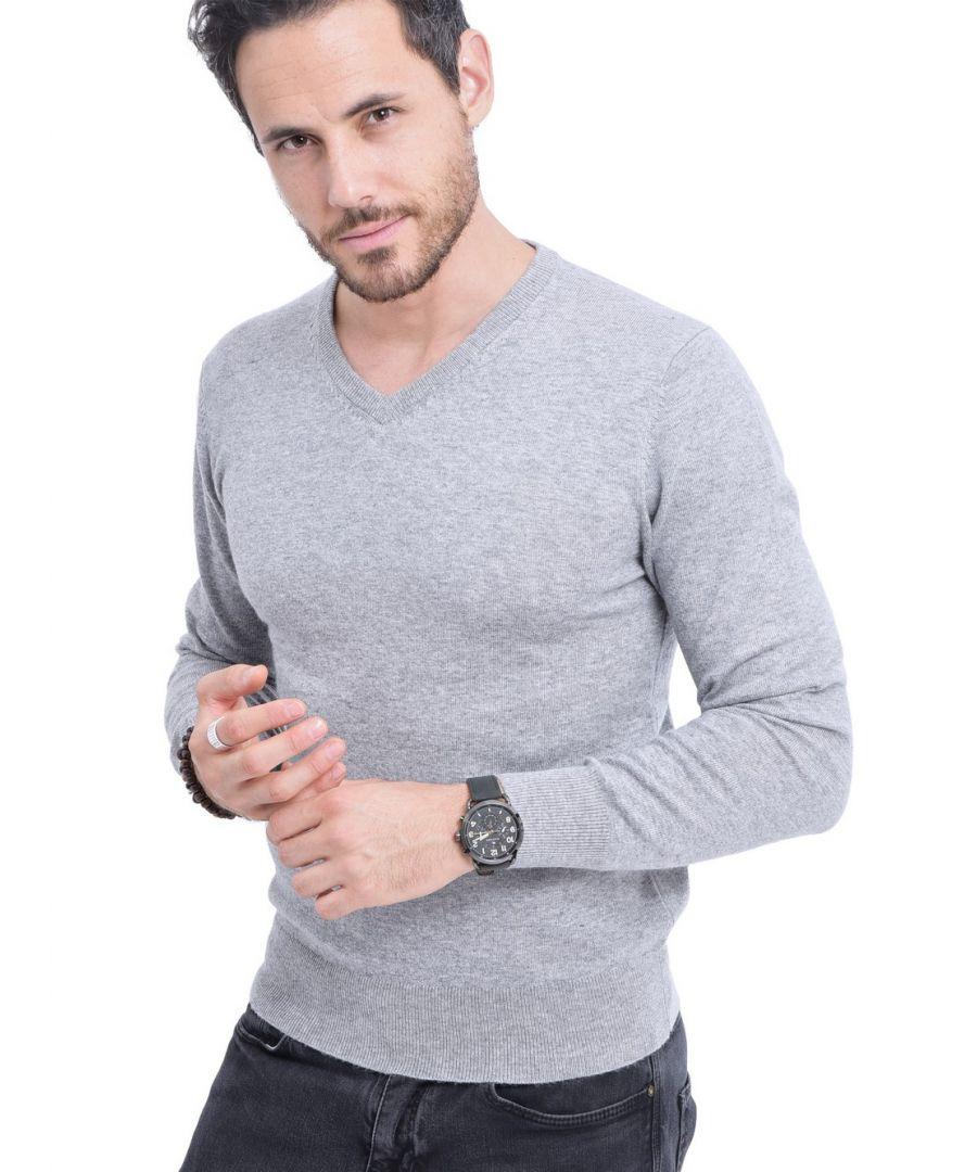 Image for C&JO V-neck Sweater in Light Grey