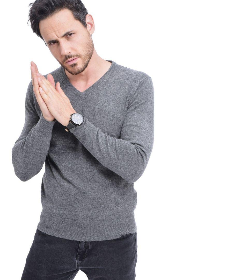 Image for C&JO V-neck Sweater in Grey