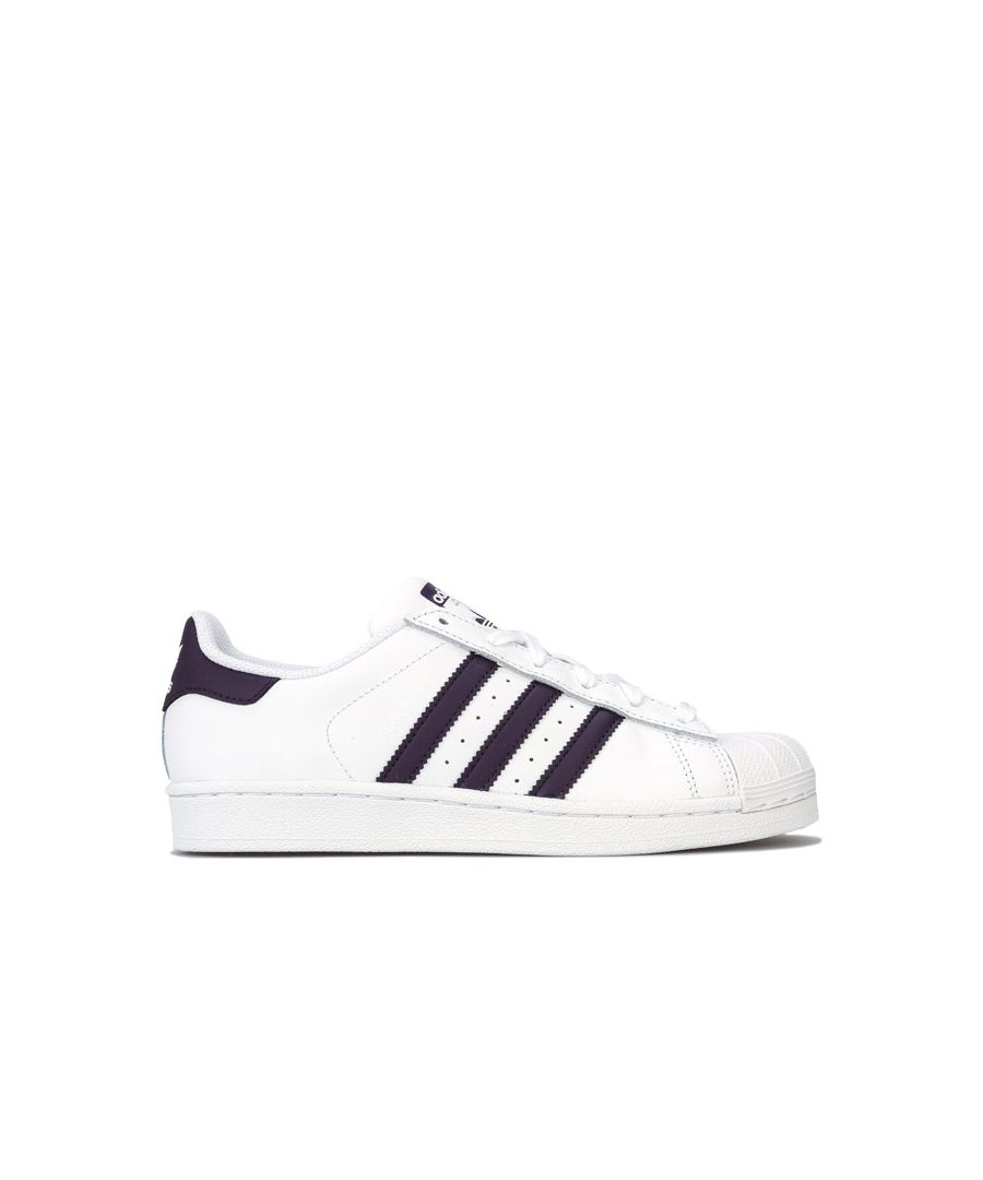 Image for Women's adidas Originals Superstar Trainers in White