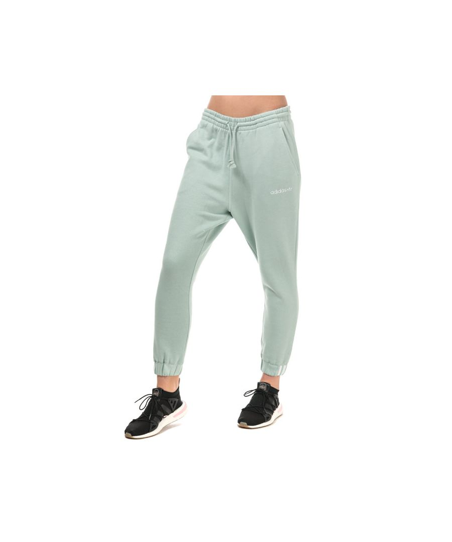 Image for Women's adidas Originals Coeeze Jog Pants in Green