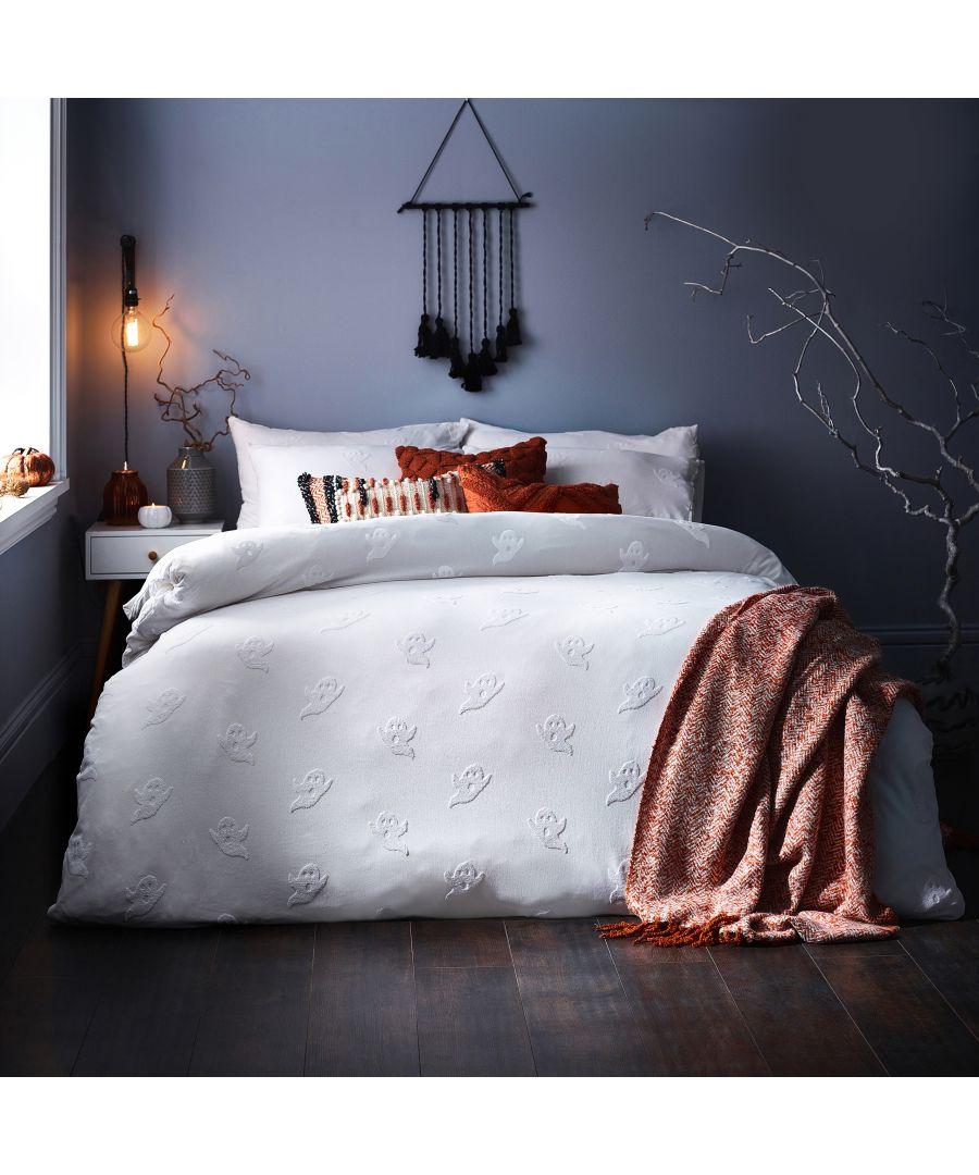 Image for Ghost Tufted Duvet Cover set