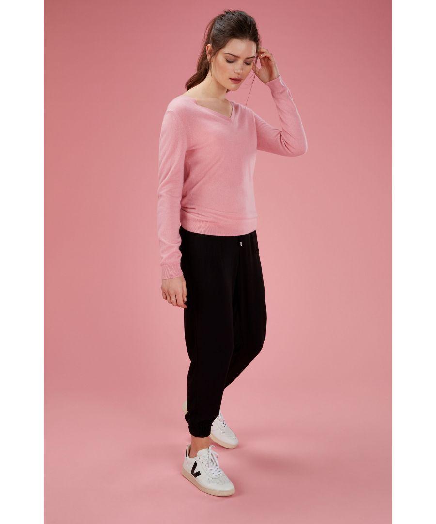 Image for Cashmere V Neck Sweater in Tea Rose