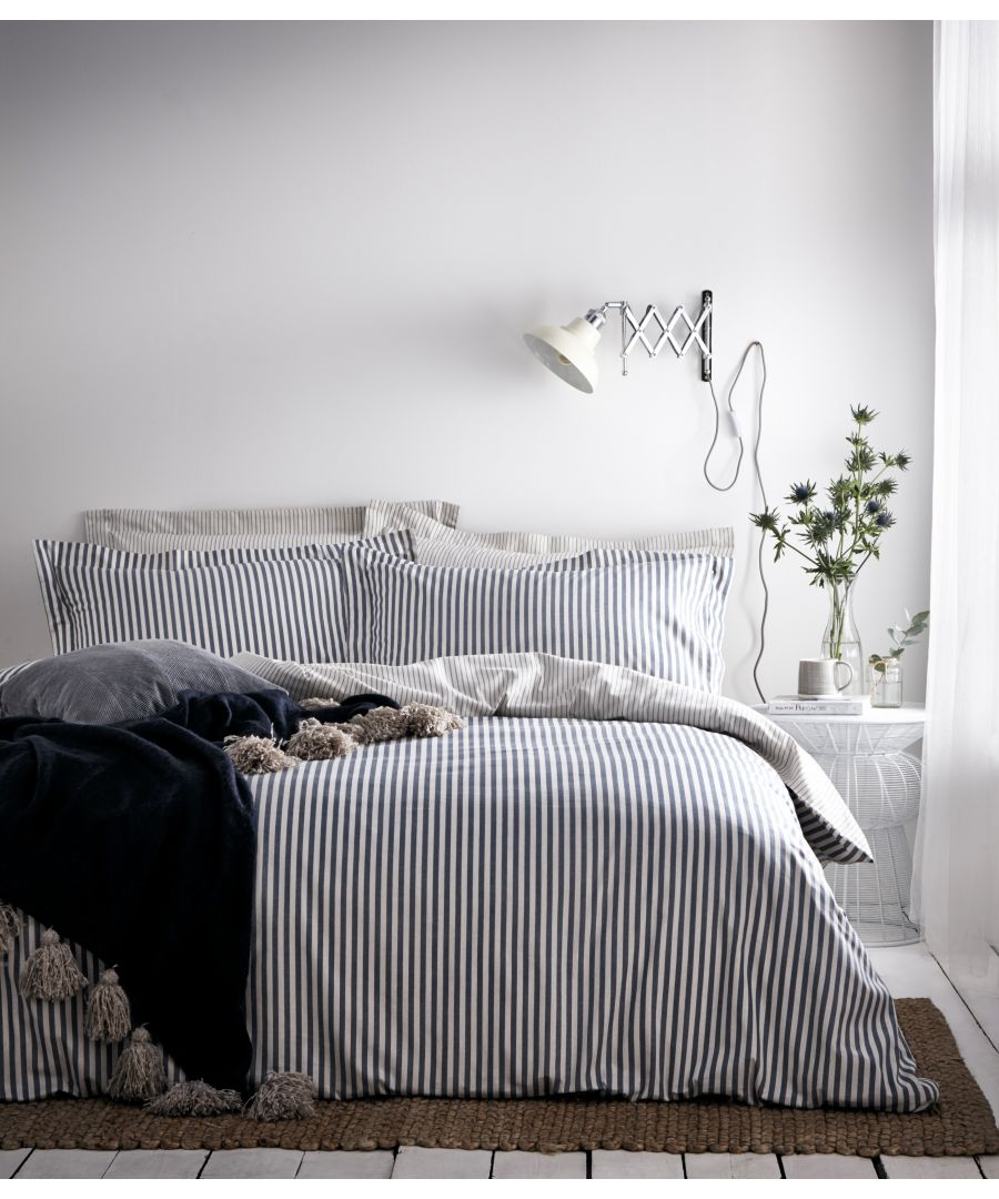 Image for Hebden Duvet Set Navy/Grey
