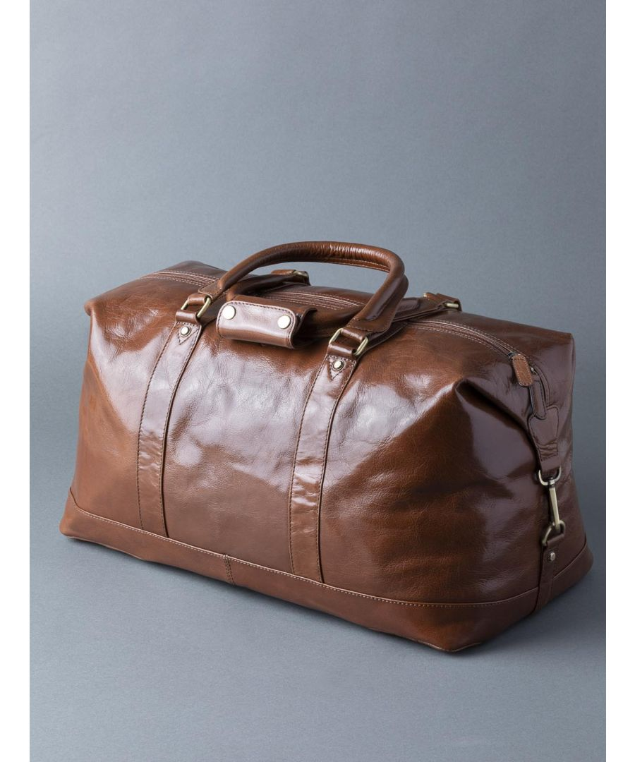 Image for Fenton Leather Holdall in Chestnut Brown