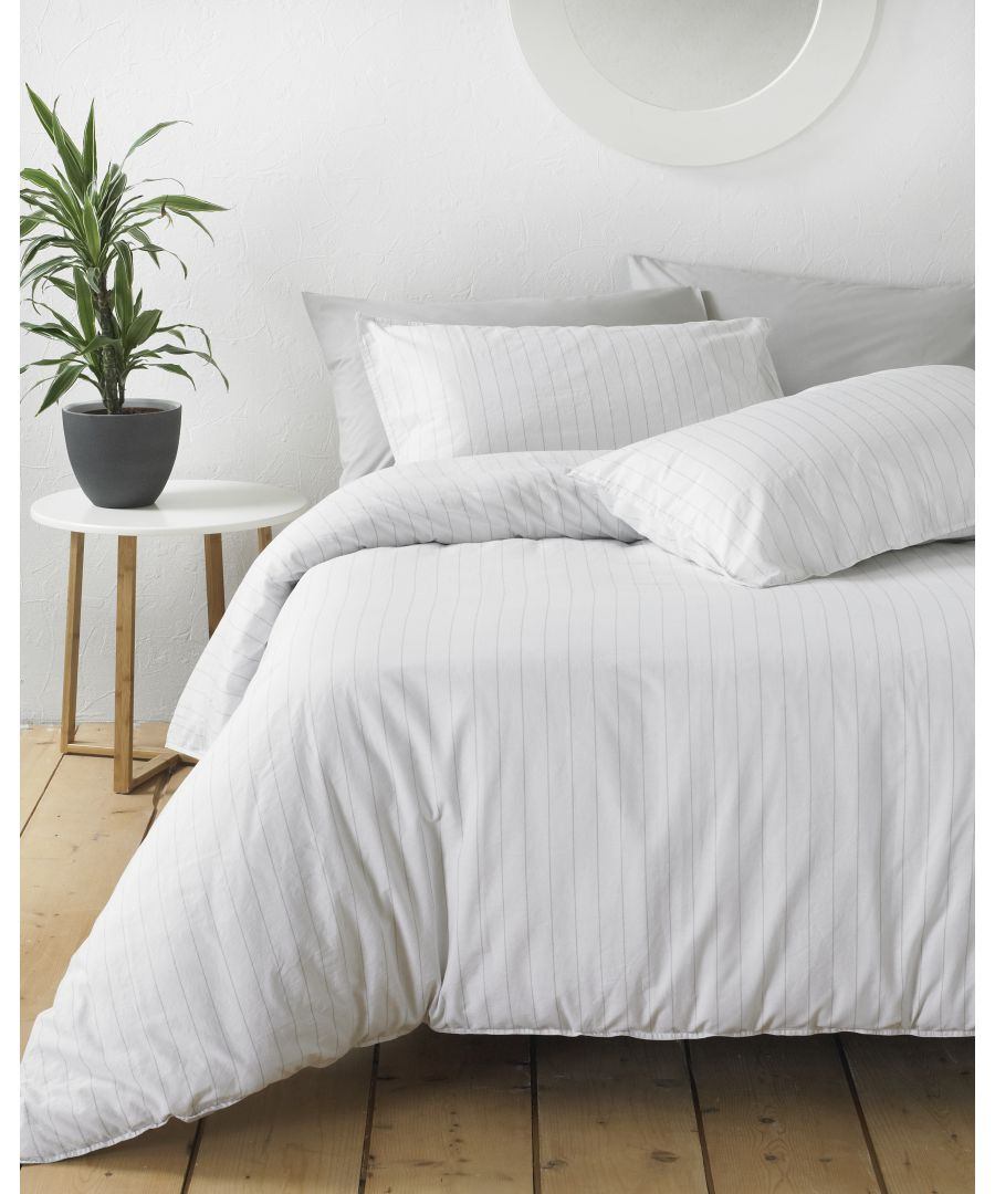 Image for Linear Duvet Set White/Grey