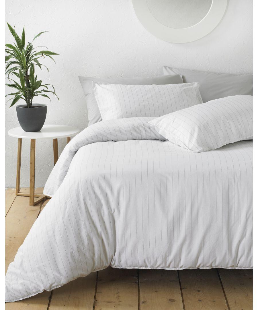 Image for Linear Duvet Set White/Grey