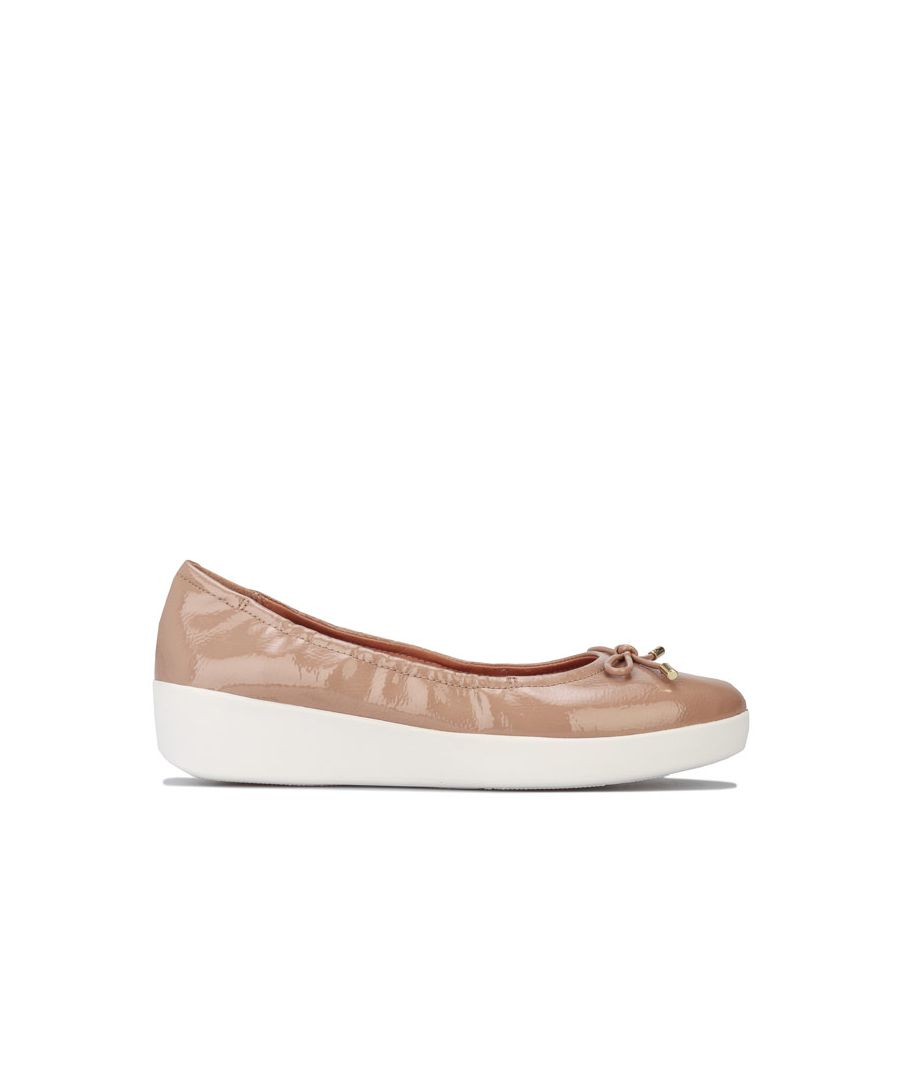 Image for Women's Fit Flop Superbendy Patent Ballerina Shoes in Taupe