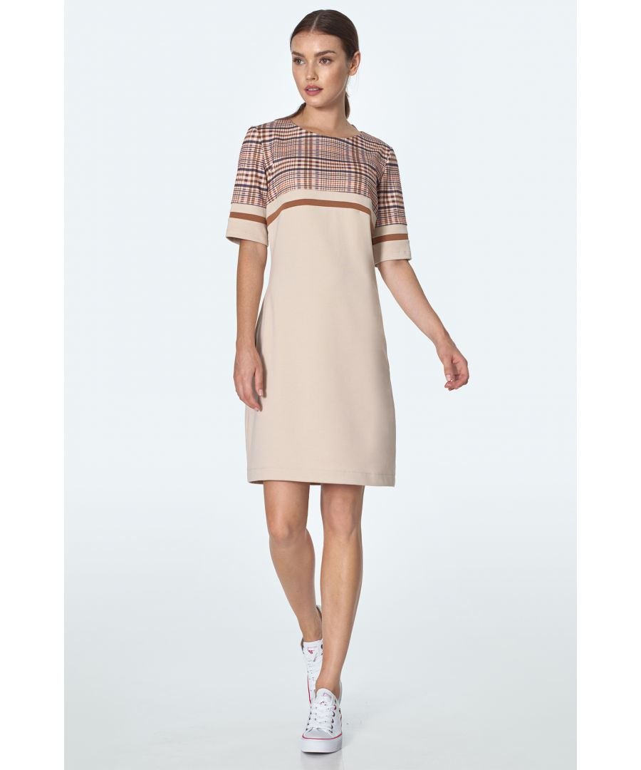 Image for Simple Dress With Pockets in Beige Checkered