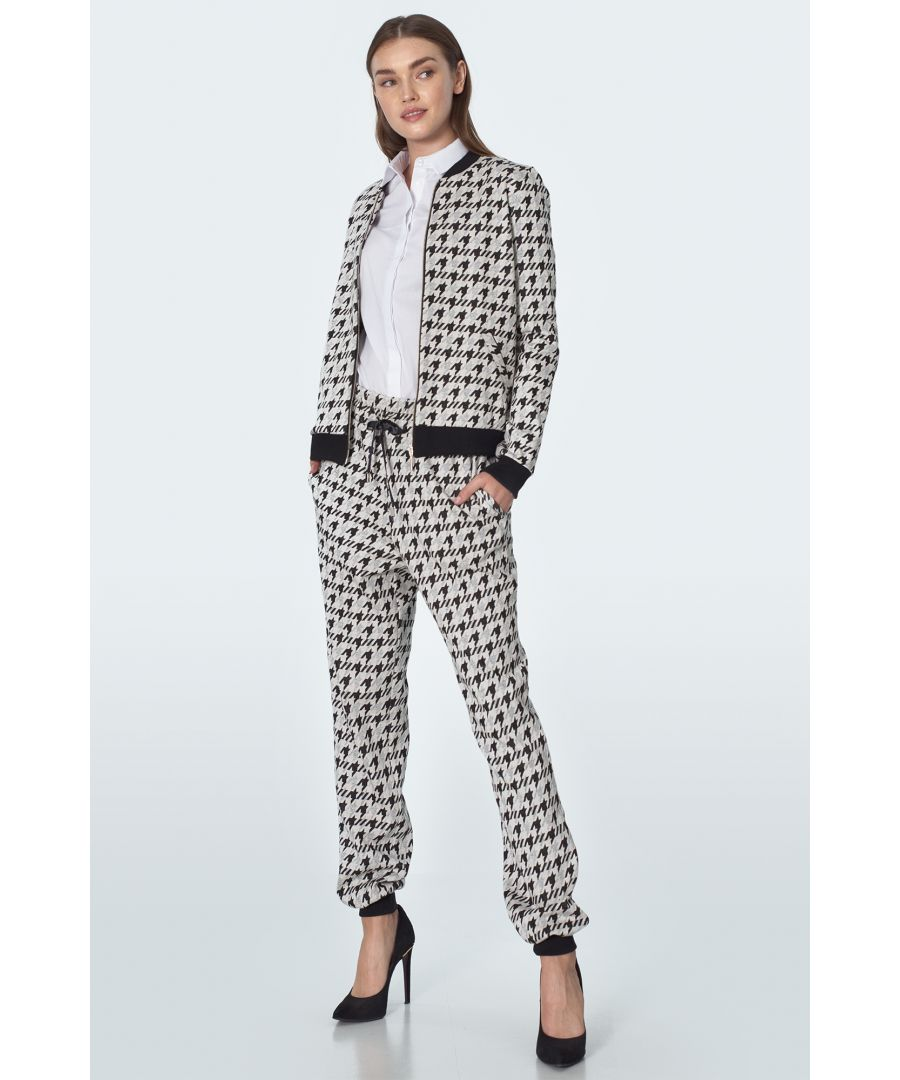 Image for Casual tracksuit pants in pepito pattern