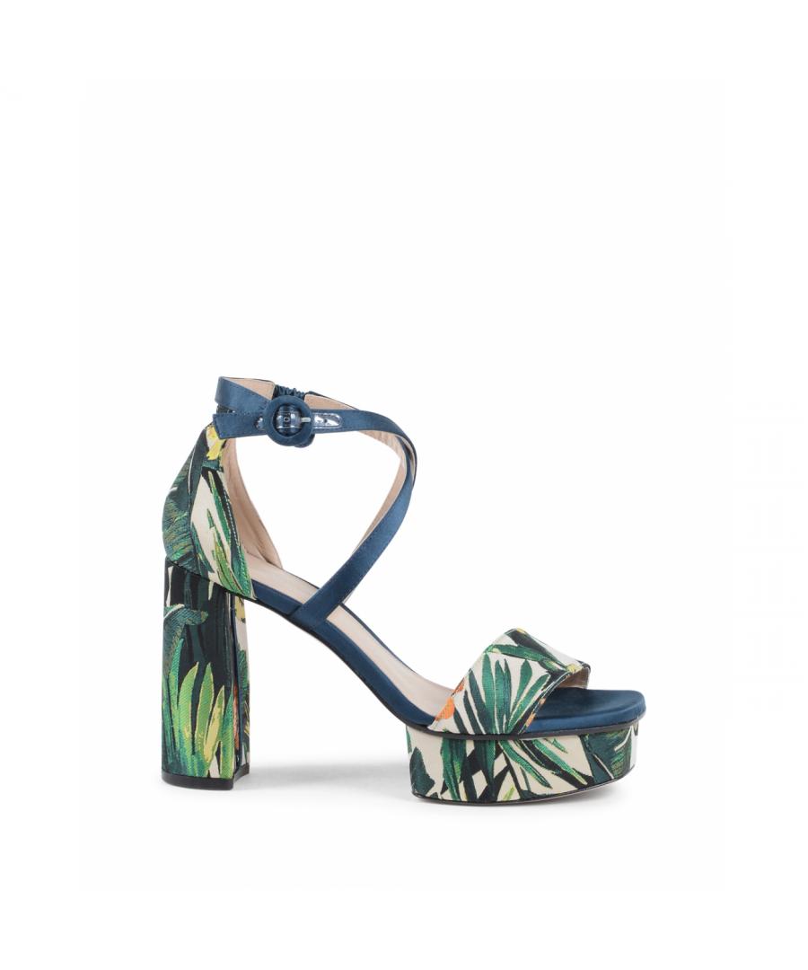 Image for Stuart Weitzman Womens Ankle Strap Sandal Multicolor CARLA