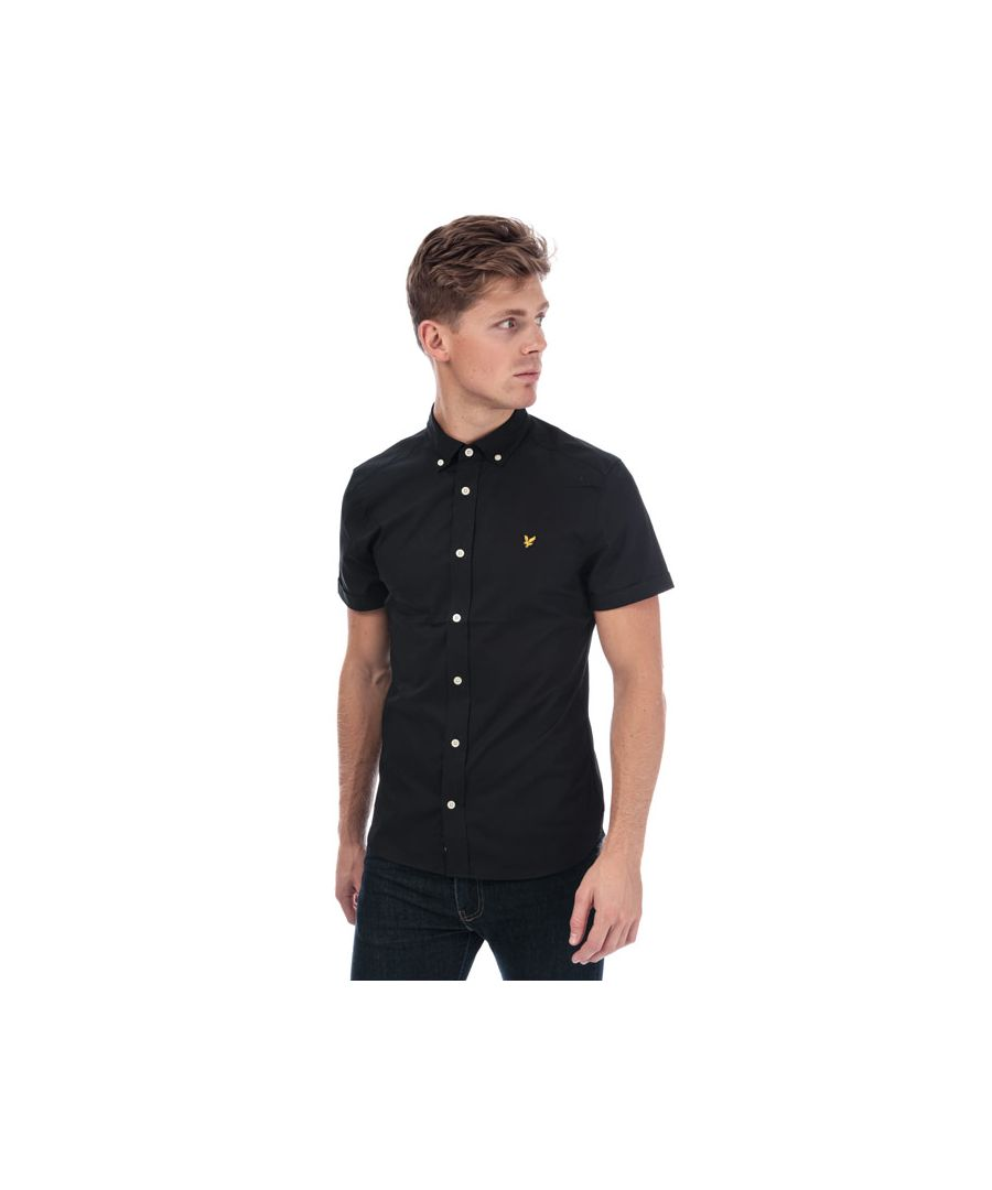 Image for Men's Lyle And Scott Slim Stretch Shirt in Black