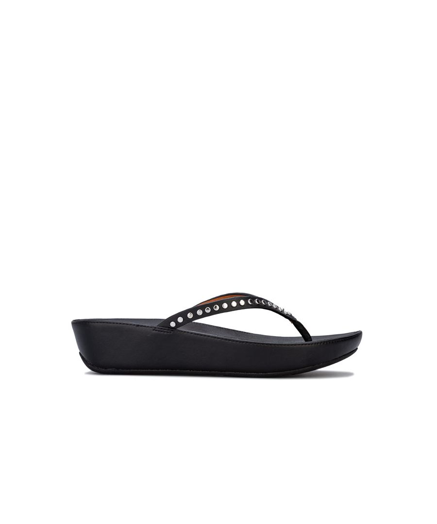 Image for Women's Fit Flop Linny Rockstud Toe Thong Sandals in Black