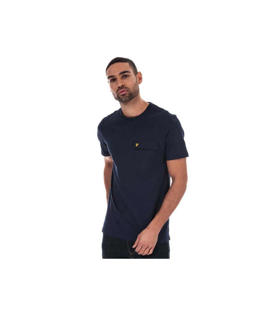 Image for Men's Lyle And Scott Nylon Pocket T-shirt in Navy